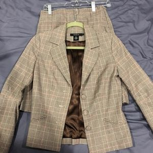 Arden B Women's Tan Blazer Jacket & Skirt Size 4